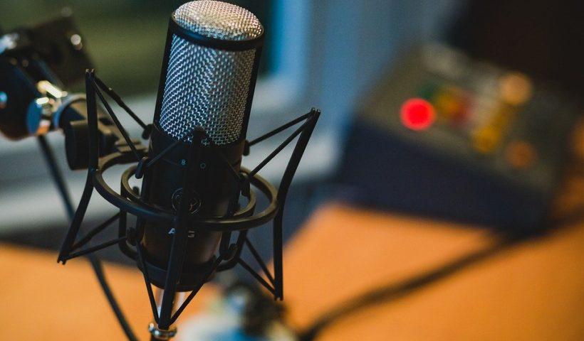 Quel podcast pour apprendre l'anglais ? 11 podcasts gratuits à découvrir