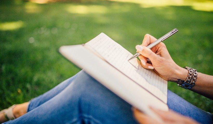 Conseils clés pour envoyer votre manuscrit aux maisons d'édition